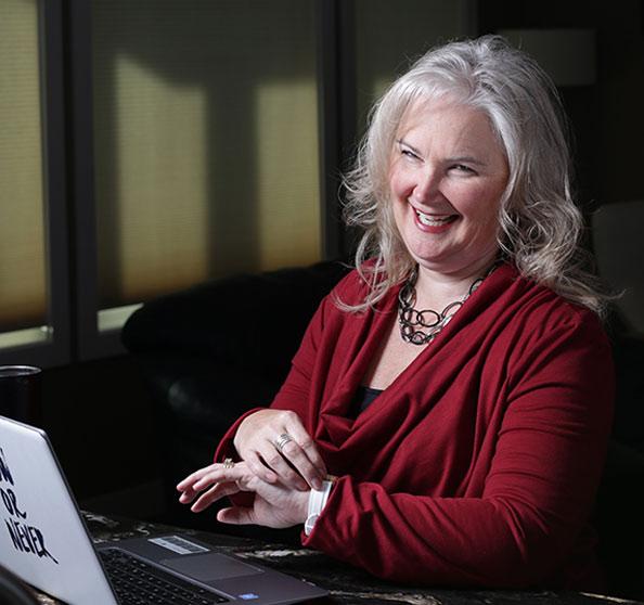 Barb McGrath Six Figure Digital Marketing Online Course