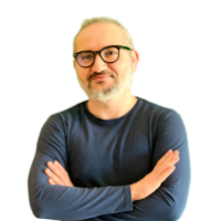 course creator Emilio Gerboni